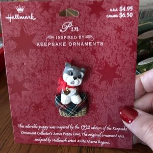 Hallmark Christmas Pin-Puppy Love-Mint -3/$15 pins